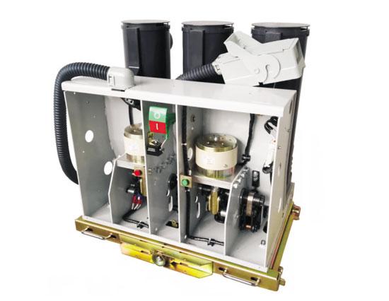 BT63-12/1250-31.5型开合电容器专用开关